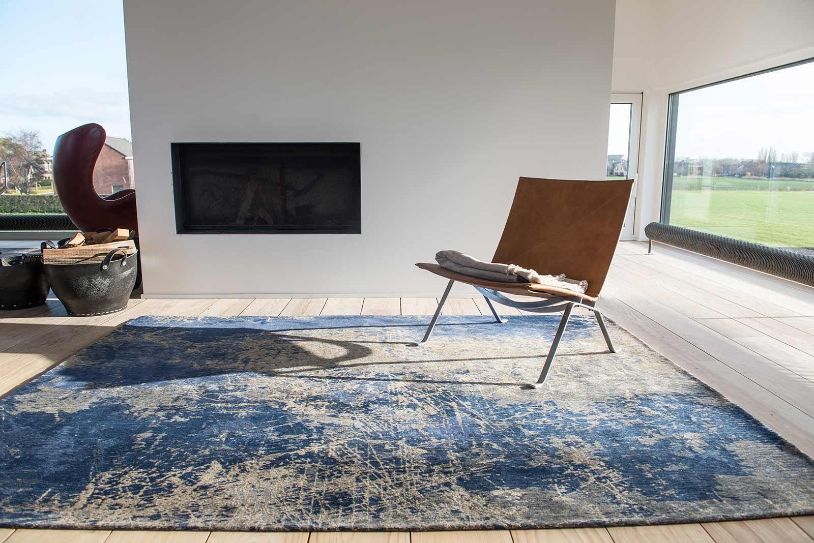 teppich Louis De Poortere LX8629 Mad Men Cracks Abyss Blue interior